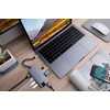 product in gebruik USB C Docking Station Space Gray