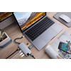 product in gebruik Slim USB C 8 In 1 Docking Station Silver