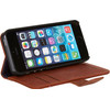 product in gebruik Leather Book Apple iPhone 5/5S/SE Bruin