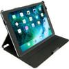 product in gebruik Apple iPad 9,7 inchSlimfit Hoes Zwart