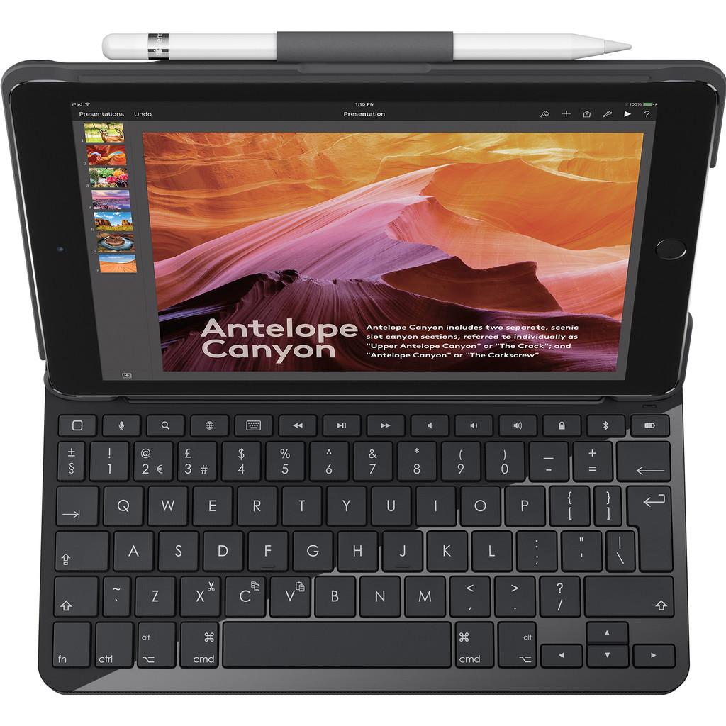 Slim folio met ge�ntegreerd Bluetooth-toetsenbord