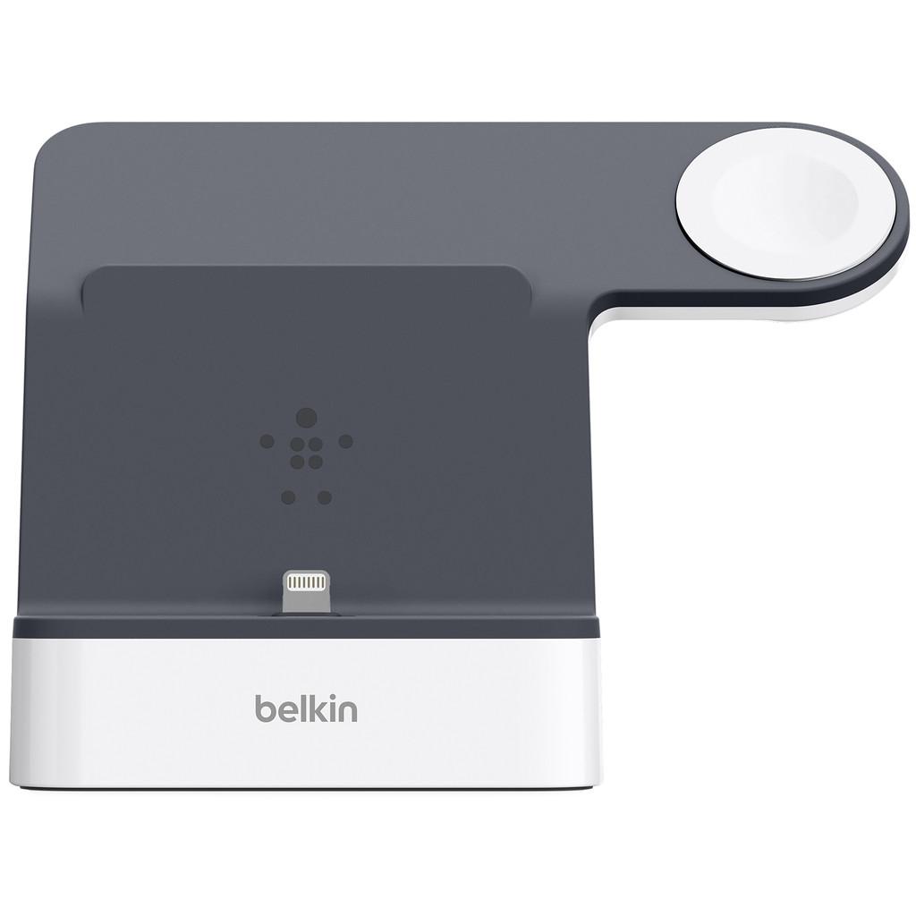 Belkin PowerHouse Charge Dock v. Apple Watch en iPhone. wit