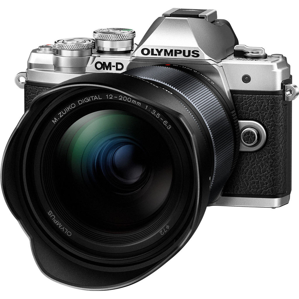 Olympus OM-D E-M10 Mark III Zilver + 12-200mm f/3.5-6.3 Zwart kopen