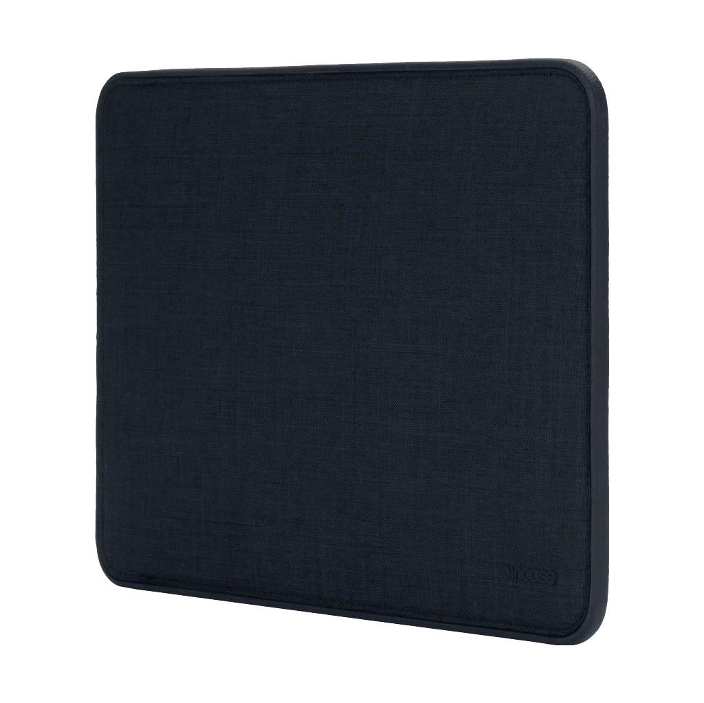 "Tweedekans Incase ICON Sleeve Woolenex MacBook Air / Pro 13"" Donkerblauw"