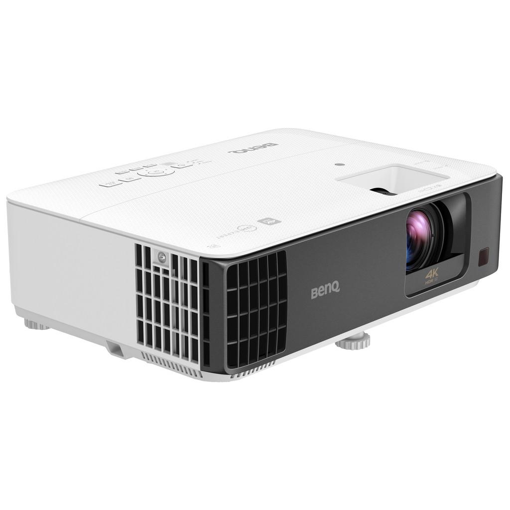 BenQ TK700STi-(3840 x 2160) 4K  3000 ANSI lumen  thuisbioscoop, zakelijk gebruik, gaming