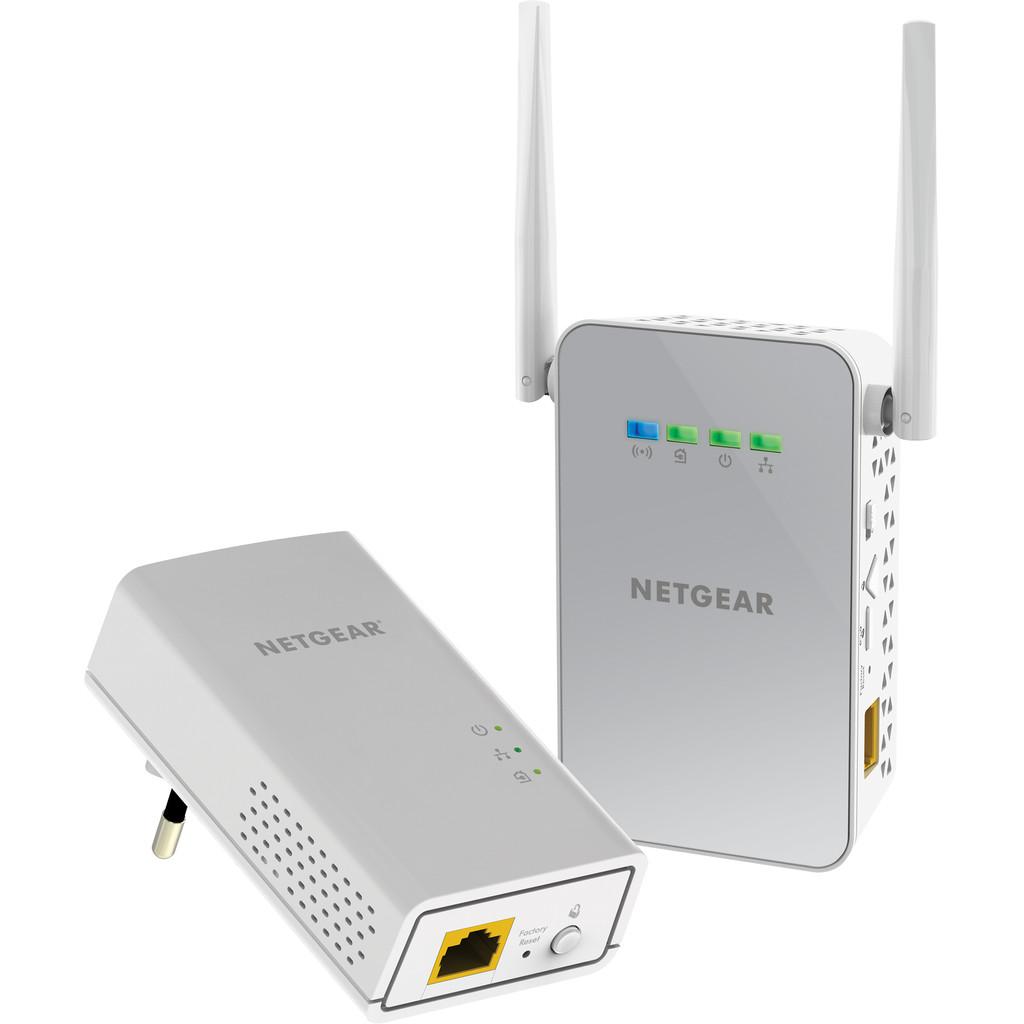 Netgear PLW1000 WiFi 1000 Mbps 2 adapters in Oude Wetering