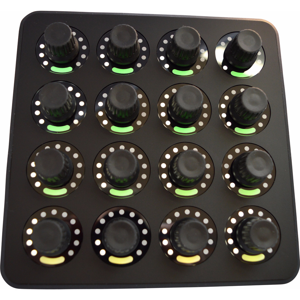 DJ TechTools MIDI Fighter Twister in Ulvenhout