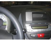 Brodit ProClip Toyota Aygo/Peugeot 107/Citroen C1 06-11 Center