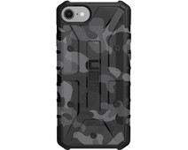 UAG Pathfinder Camo Apple iPhone SE 2 / 8 / 7 / 6 / 6s Back Cover Zwart