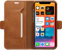 DBramante1928 Copenhagen Slim Apple iPhone 12 / 12 Pro Book Case Leer Bruin