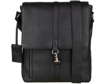 Burkely Antique Avery | Crossover M Messenger Zwart