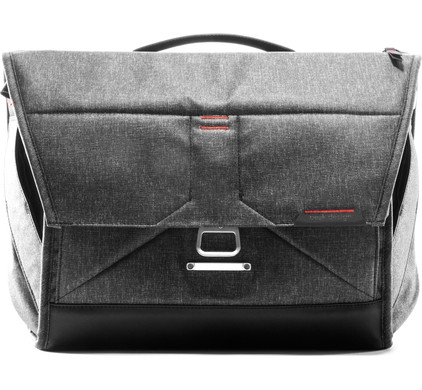 "Peak Design The Everyday Messenger 15"" Grijs"