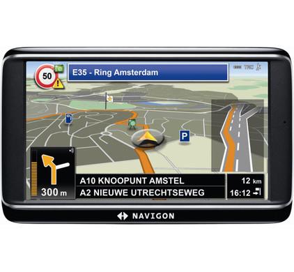 Navigon 70 Plus + Tas + Thuislader