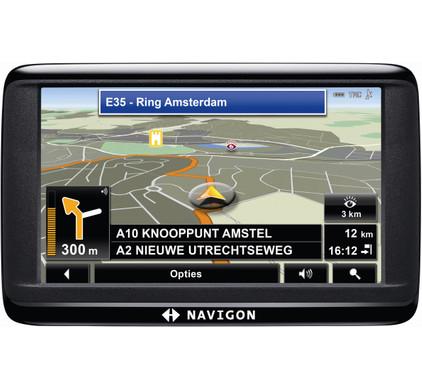 Navigon 40 Essential + Tas + Thuislader