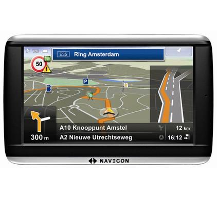 Navigon 42 Plus + Tas + Thuislader + Dashboard Donut