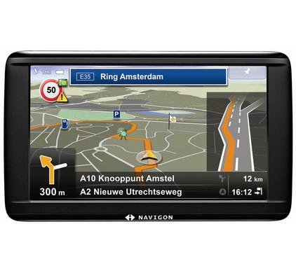 Navigon 72 Easy + Tas + Thuislader + Dashboard Donut