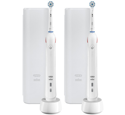 Oral-B Pro 2 2500 Duo Pack Wit