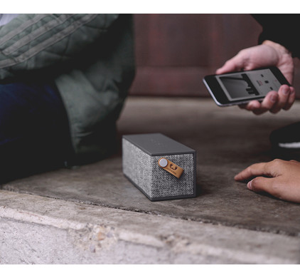 Fresh 'n Rebel Rockbox Brick Fabriq Edition Zwart