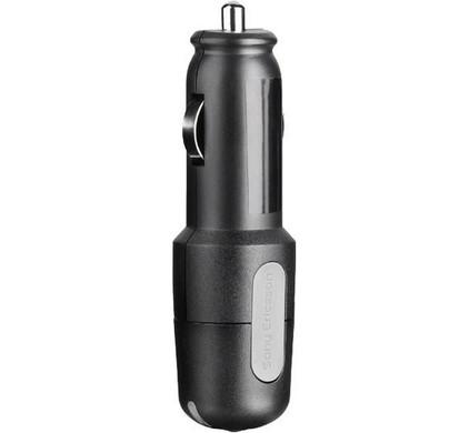 Sony Ericsson Autolader CLA-70 + Dual Car Socket