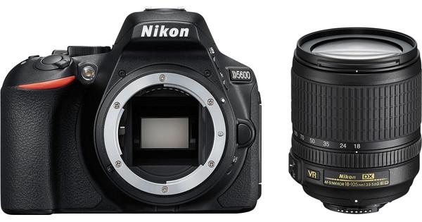 Nikon D5600 Kit + 18-105mm VR