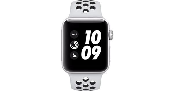 Apple Watch Series 3 Nike+ 42mm Silver Aluminum/Black Sport Band