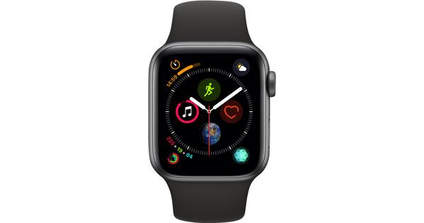 Apple Watch Series 4 40mm Space Gray Aluminum/Black Sport Band