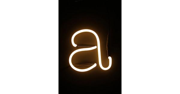 Neon Letters Huis : Seletti neon letter a coolblue voor 23.59u morgen in huis