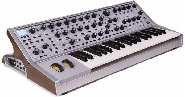 Moog Sub 37 CV Limited Edition