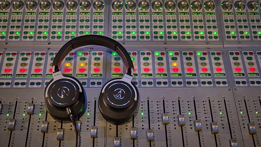 Koptelefoon in studio