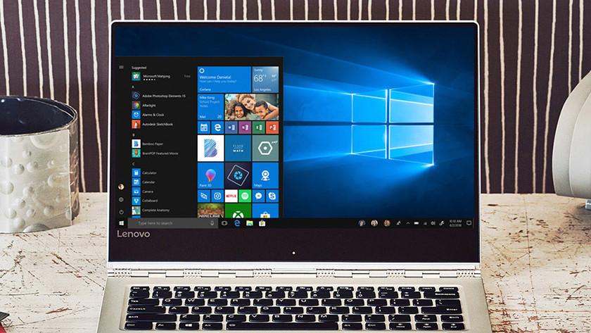 Windows 10 startmenu op laptop.