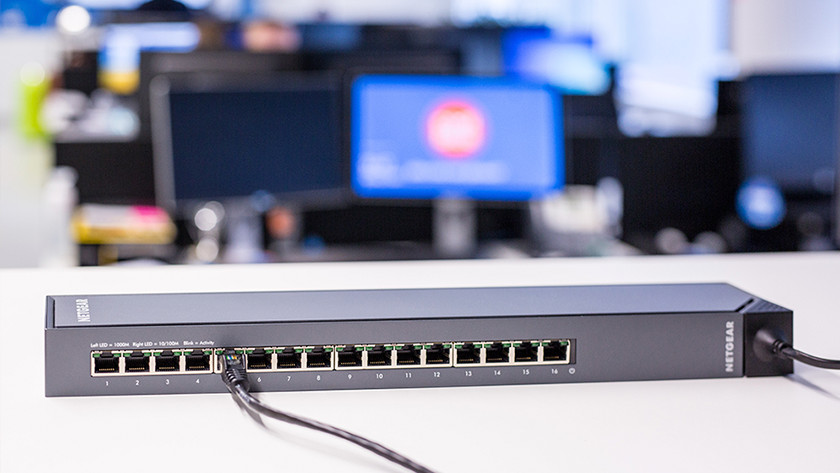 Business network with a network switch
