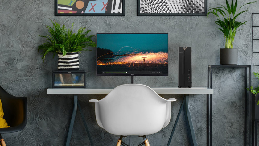 Acer Aspire XC desktop op bureau