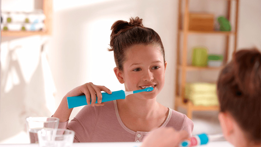 In case of sonic toothbrushes, the brushing intensity will slowly increase during the first weeks.