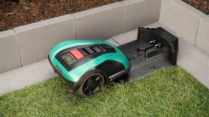 Bosch Indego robotmaaier en het basisstation