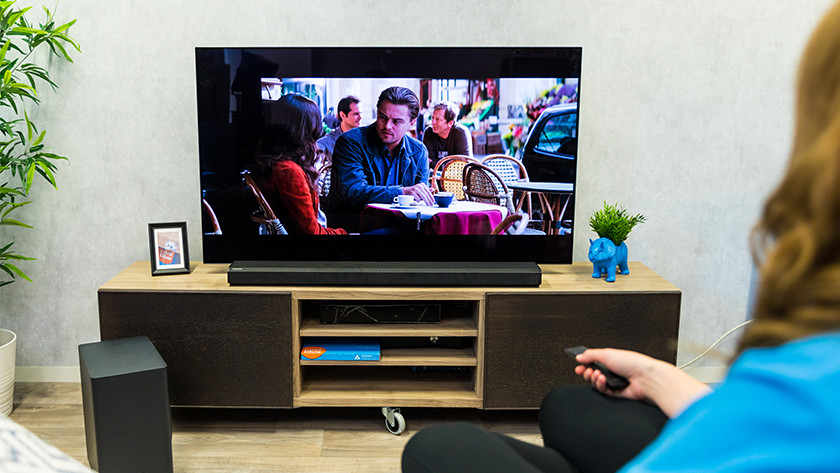 Watch a movie or series with the Samsung HW-Q70T