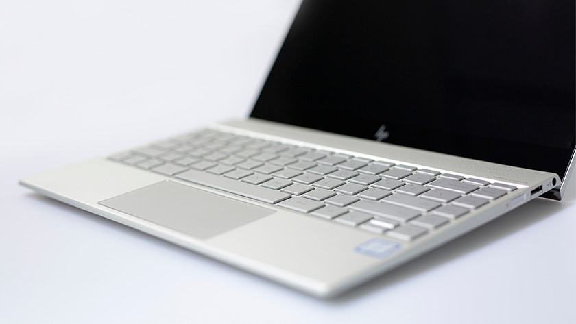 Keyboard and touchpad HP Envy 13-ah0810nd laptop.