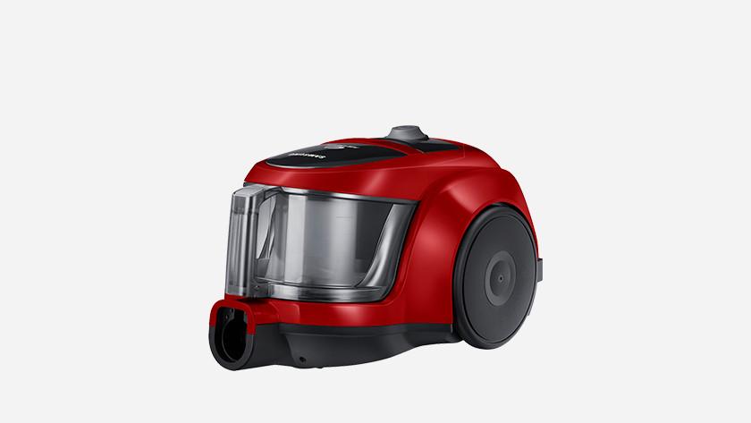 Bagless vacuum