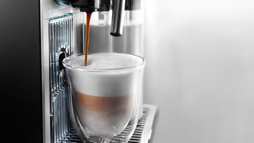 nespresso machine met melkreservoir