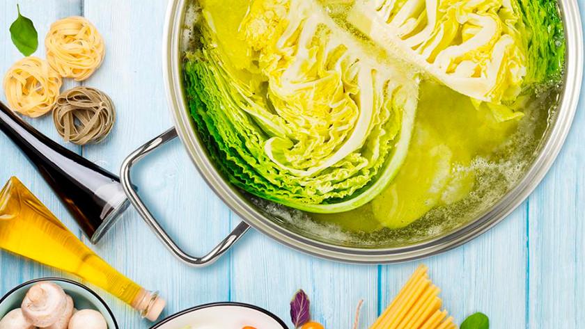 kookpan met groente
