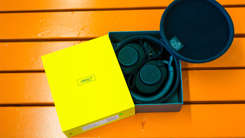 Koptelefoon in doos'