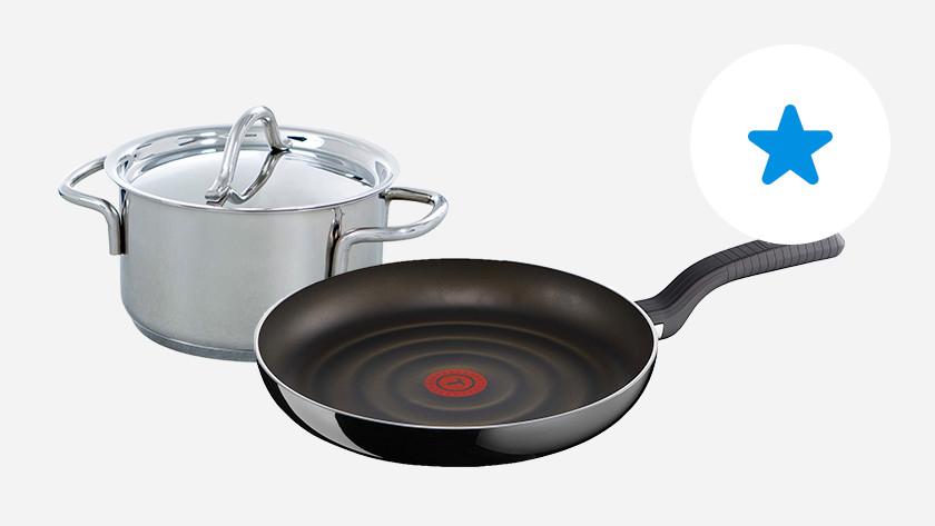 rvs kookpan en koekenpan met standaard antiaanbaklaag