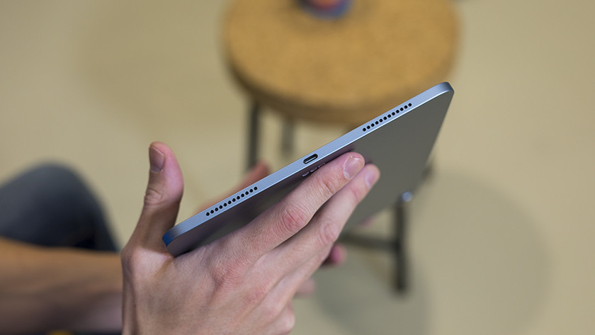 USB-C port on the Apple iPad Air (2020)