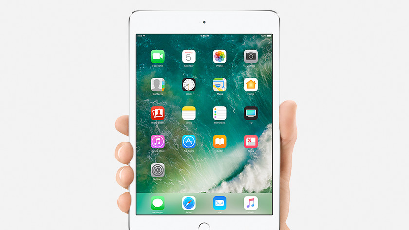 Apple iPad Mini fits in one hand
