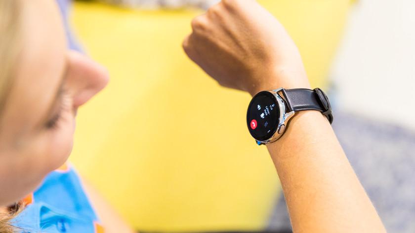 Bellen met smartwatch