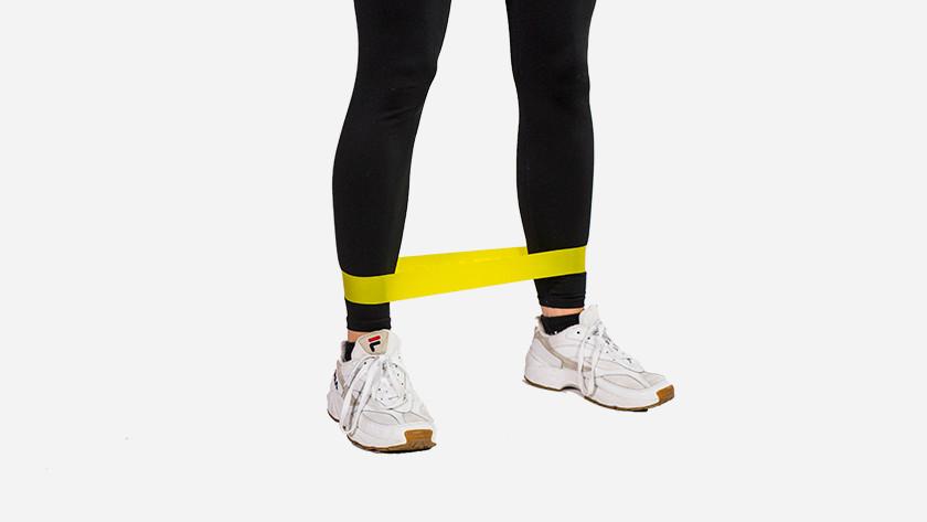 Teach resistance bands leg muscles
