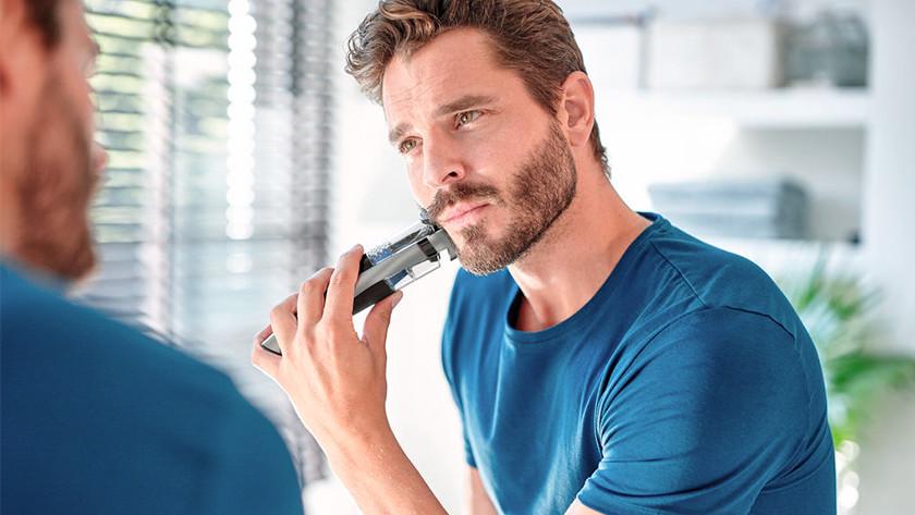 Using a Philips beard trimmer to trim a short beard