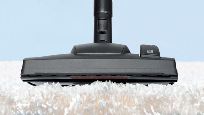 Vacuum for carpet
