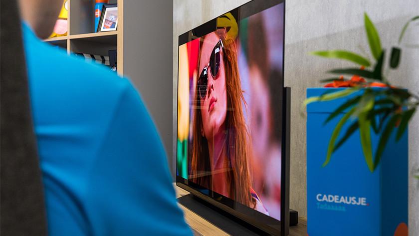 Kijkhoek en reflecties van de LG CX OLED tv
