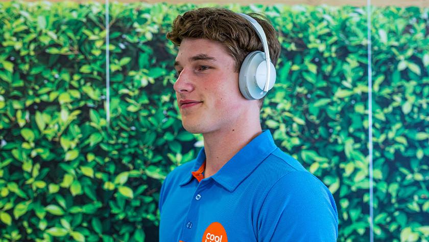 Testing headphones