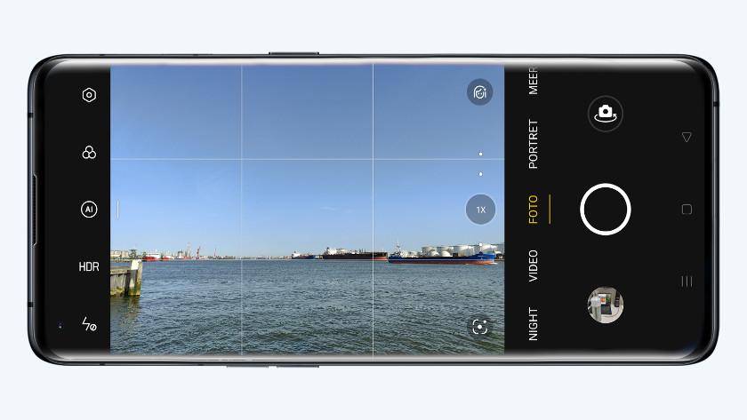 Raster foto smartphone OPPO